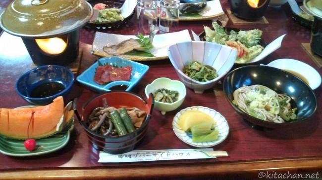 切明リバーサイドハウス夕食